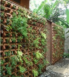 Best Ideas For Garden Landscaping Ideas Design Bricks Vertikal Garden, Rooftop Terrace Design, Living Haus, Brick Art, Vertical Garden Design, Brick Detail, Brick Architecture, Brick Design, Plant Wall