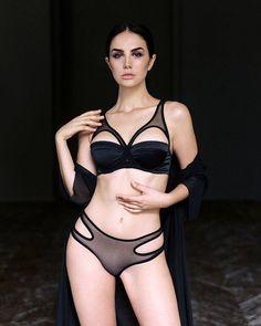 Порно украинские девочки без нижнего белья
