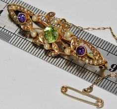 ANTIQUE SUFFRAGETTE 15 CT YELLOW GOLD AMETHYST PERIDOT & PEARL BROOCH / PIN