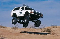 Check out this 1992 Ford Bronco that sports a engine, aluminum heads, transmission, Ultra Trophy Truck wheels, and more. - Off Road Magazine. Big Trucks, Ford Trucks, Pickup Trucks, Bronco Truck, Ford Bronco, Bronco Concept, Trophy Truck, Ford 4x4, Truck Wheels