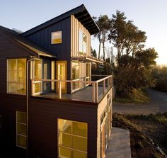 Kombination Aus Edelstahl Und Glas Für Die Balkongeländer ... Balkongelander Ideen Material Design