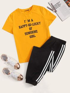 Pajama Outfits, Lazy Outfits, Cute Comfy Outfits, Cute Girl Outfits, Sporty Outfits, Outfits For Teens, Girls Fashion Clothes, Teen Fashion Outfits, Jugend Mode Outfits