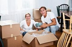 The Dos and Donts of a Long Distance Apartment Hunt My First Apartment Moving House Checklist, First Apartment Checklist, Personal Storage, Self Storage, Moving Home, Moving Tips, House Removals, Apartment Hunting, Apartment Living