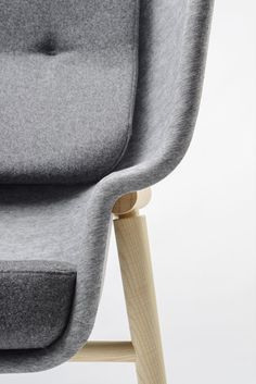 The Pod chair ensures privacy in public areas. Made from PET Felt eco-material with endless bespoke options. Chair Design, Furniture Design, Pod Chair, Acoustic Wall, Red Dot Design, Felt Material, High Back Chairs, Metal Texture, Felt Decorations