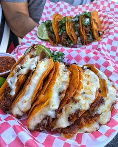 everybody loves to eat steak quesadilla chips and queso source I Love Food, Good Food, Yummy Food, Yummy Yummy, Plats Healthy, Food Goals, Aesthetic Food, Food Cravings, Mexican Food Recipes