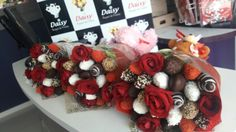 Chocolate Bouquet, Chocolate Treats, Love Is In The Air, Love Is Sweet, Food Bouquet, Sweet Trees, Family Fun Day, Strawberry Patch, Fru Fru