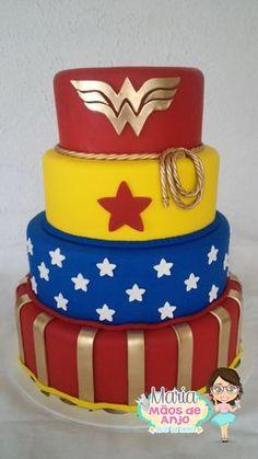 TODO TRABALHO FEITO EM BISCUIT tamanho do bolo 20 x 25 x 30 x 35 e 42 cm altura FEITO SOB ENCOMENDA . *AO FAZER O PEDIDO, FAVOR INFORMAR A DATA DO EVENTO, só após essa informação seu pedido será liberado para pagamento. *PEDIDO DE ENCOMENDAS COM ANTECEDÊNCIA NO MINIMO DE 40 á 60 DIAS dep... Wonder Woman Cake, Wonder Woman Birthday, Wonder Woman Party, Bday Girl, Birthday Cake Girls, First Birthday Cakes, Supergirl Cakes, Bolo Fack, Fake Cake