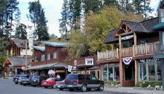 Bigfork Montana Attractions - Go Northwest! A Travel Guide I went to grade school here. Flathead Lake Montana, Bigfork Montana, Montana Living, Montana Homes, Montana Attractions, Great Places, Places To Go, Travel Sights, Us Road Trip