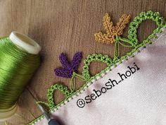 A new needlework model with bridges - - Knit Cowl, Knitted Shawls, Filet Crochet, Knit Crochet, Baby Knitting Patterns, Crochet Patterns, Chunky Wool, Bargello, Knitting Socks