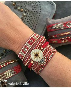 off loom beading techniques Loom Bracelet Patterns, Bead Loom Bracelets, Bead Loom Patterns, Jewelry Patterns, Beading Patterns, Beading Ideas, Seed Bead Jewelry, Beaded Jewelry, Handmade Jewelry