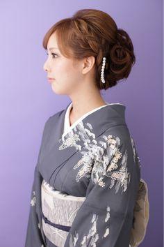着物スタイルに編み込みをプラス着物だけど華やかにしたい!!っという方にオススメ編込みなしでもできますよ