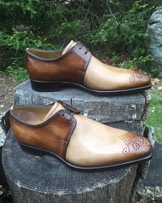 Two tone Derbies with original detailing by Stefano Branchini, Gatsby style. At WWW.CORRESPONDENTSHOES.COM