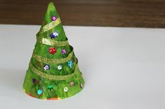 Green Owl Art: Christmas Tree Hat