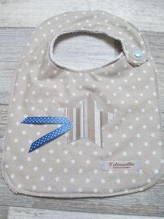 Emballage Cadeau Disponible Marine /& Blanc PAQUET DE 3 Dribble Ons Gar/çOns Bavoir Bandana B/éb/é Bleu