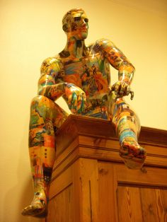 The art of Sheryl E. McDonald 3d figurative art with mannequins and life messages.