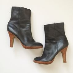 """Nine West Leather Nine West boot in size 10. Good condition. Pairs well with skirts and denim. Heel: 4.5"""". Nine West Shoes Ankle Boots & Booties"""