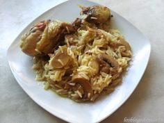 Muslos de pollo al curry con arroz