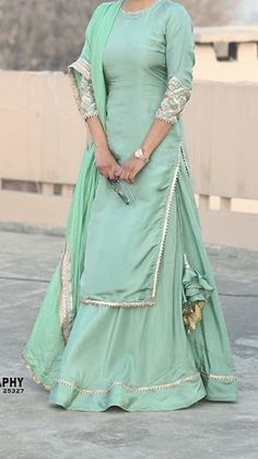 Indian Fashion Dresses, Indian Gowns Dresses, Dress Indian Style, Indian Dresses For Women, Girls Dresses, Stylish Dress Designs, Designs For Dresses, Stylish Dresses, Designer Party Wear Dresses