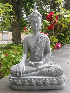 XXL Thai Buddha Budda Figur Statue Feng Shui sitzend Steingrau Neu ca. 40 cm  in Möbel & Wohnen, Dekoration, Feng Shui   eBay!