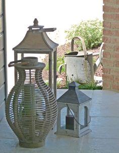 Lanternes dans un coin de la terrasse
