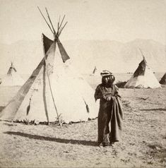 Native Art, Native American Indians, Native Americans, Indian Teepee, Edward Curtis, Historical Pictures, Old West, First Nations, Vintage Photography