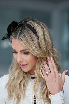 Australian beauty Jen Hawkins' stunning engagement ring from Jake Wall