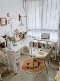 Study Room Decor, Craft Room Decor, Interior Design Layout, Layout Design, Room Design Bedroom, Bedroom Decor, Art Studio Room, Desk Layout, Small Room Design