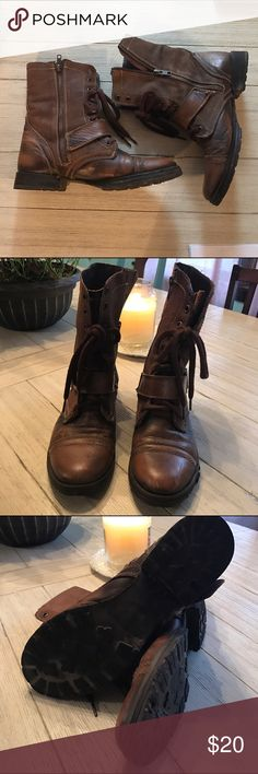 Steve Madden Boots Preloved!  Definitely some scuffs and imperfections, but still a great boot!  Hiking boot style, dark brown, zipper and shoelace details!  Great to add that edginess to your outfit!  I loved these! Steve Madden Shoes Combat & Moto Boots