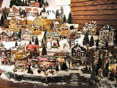 christmas village displays | ... 56 - Original Snow Village Series Display | Flickr - Photo Sharing
