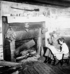 They were sturdy men and women, steeped in traditional ways, independent and as… Appalachian People, Appalachian Mountains, Vintage Pictures, Old Pictures, Old Photos, Historical Fiction, Historical Photos, Mountain Man, Mountain Cabins