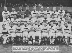 MOTHERWELL Back Row, Front Row, Motherwell Fc, Andy Weir, Football Pictures, The Row, Travel Inspiration, Sick, Football Pics