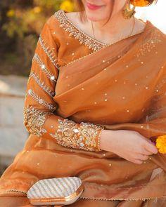 Pakistani Fancy Dresses, Beautiful Pakistani Dresses, Pakistani Fashion Party Wear, Pakistani Wedding Outfits, Pakistani Dress Design, Fancy Dress Design, Bridal Dress Design, Stylish Dress Designs, Designs For Dresses