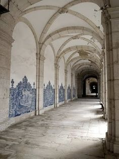 Blue and white tiles ... #Portuguese architecture
