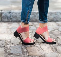 These $100 Grandma Sandals Are More Comfortable Than Birkenstocks | HuffPost
