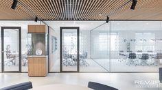 Voor beroepsorganisatie KNMT hebben wij het interieur van hun nieuwe kantoor mogen ontwerpen en realiseren.