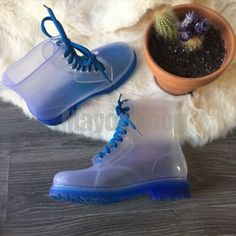 Kids Jelly Boots Mayori PRICE : Rp.330.000,- AVAILABLE SIZE : - Black 31-32-32 - Neon Orange 30-31-31-32-33-34 - Blue 31-33-33-34-35  Detail insole (cm) : - Size 30 = 20cm - Size 31 = 20.5cm - Size 32 = 21cm - Size 33 = 21.5cm - Size 34 = 22cm - Size 35 = 22.5cm  IMPORT HIGH QUALITY Material : High quality full rubber  ~ANTI AIR, TAPI TETAP BISA REMBES LEWAT LUBANG TALI ~MUDAH DIBERSIHKAN  ORDER NOW : SMS/WHATSAPP 087777111986 LINE : mayorishop  RESELLER WELCOME Happy Shopping 😊 =============== Kids Rain Boots, Timberland Boots, Happy Shopping, Kids Fashion, Color Blue, Shoes, Black, Zapatos, Shoes Outlet