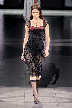 Dolce & Gabbana Fall 2020 Ready-to-Wear Fashion Show - Vogue Dolce & Gabbana, Dolce And Gabbana Handbags, Couture Mode, Style Couture, Couture Fashion, Runway Fashion, Street Fashion, Womens Fashion, Daily Fashion