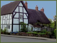 Thatched cottage, Offchurch.