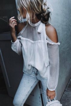 shoulder cut out top