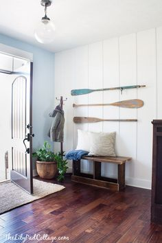 Oars on the wall | The Lilypad Cottage