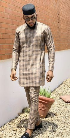 Nigerian Men Fashion, Indian Men Fashion, African Fashion Ankara, Big Men Fashion, Latest African Fashion Dresses, African Print Fashion, African Wear Styles For Men, African Shirts For Men, African Attire For Men