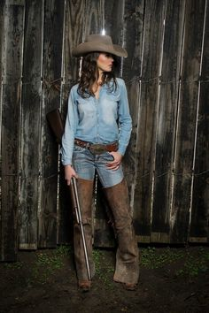 """The """"Cash"""" in Pecan. Another classic denim on denim. We let the cowboy hat speak for itself. Cowboy Girl, Sexy Cowgirl, Cowgirl Hats, Cowgirl Style, Cowgirl Chic, Cowboy Outfits, Western Outfits, Western Wear, Country Outfits"""