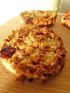 Discover recipes, home ideas, style inspiration and other ideas to try. Breakfast Bread Recipes, Healthy Muffin Recipes, Breakfast Cookies, Healthy Muffins, Veg Recipes, Easy Cake Recipes, Healthy Drinks, Healthy Snacks, Vegetarian Recipes