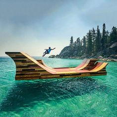 Floating skateramp in Lake Tahoe USA | Check out more icantbelievetheymakethat.com