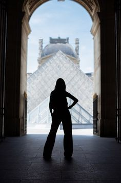 paris photographer.Louvre photosession, Photosession ideas in paris