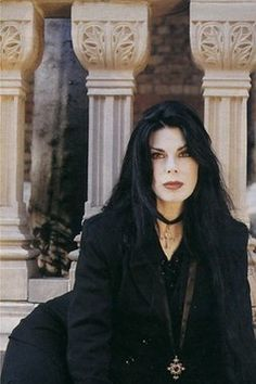 Bassist Patricia Morrison (The Gun Club, Sisters of Mercy, the Damned) was the…
