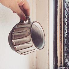 @aliruby I LOVE these mugs in dark brown. #mugshot #pottery #ceramic #handmade #madeinpgh #madeinpa #monmade