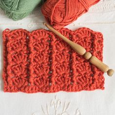 Crochet The Post and Shells StitchThis crochet pattern / tutorial is available for free... Full post: Crochet The Post and Shells Stitch