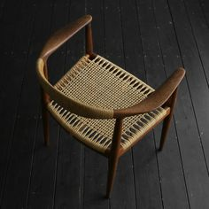 Small Accent Chairs For Living Room Code: 3048636556 Mod Furniture, Rattan Furniture, Furniture Making, Furniture Design, Tea Table Design, Chair Design, Architecture 3d, Woven Chair, Industrial Dining Chairs