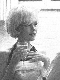 Marilyn Monroe / Born: Norma Jeane Mortenson, June 1, 1926 in Los Angeles, California, USA / Died: August 5, 1962 (age 36) in Los Angeles, California, USA